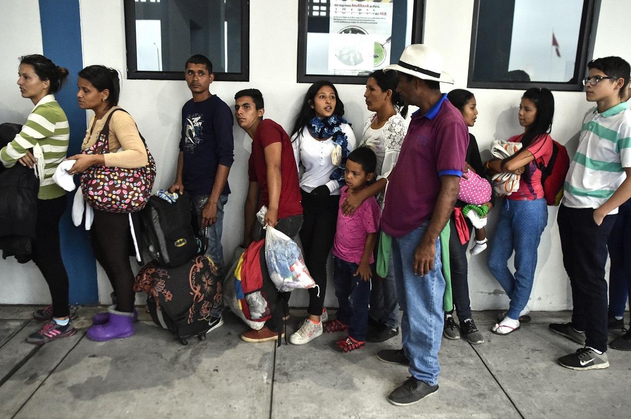 venezuelans in peru_top